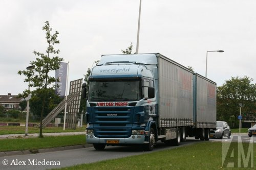 Foto van een Scania R420, opgebouwd als zeilenwagen.. Geplaatst door Alex Miedema op 03-09-2014 om 12:46:07, op TractorFan.nl - de nummer 1 tractor foto website.