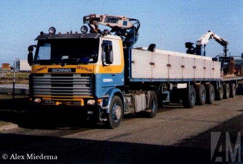 Foto van een Scania 113, opgebouwd voor steentransport.. Geplaatst door Alex Miedema op 15-03-2015 om 12:54:52, op TractorFan.nl - de nummer 1 tractor foto website.