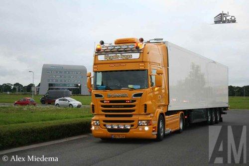 Foto van een Scania R500, opgebouwd voor koeltransport.. Geplaatst door Alex Miedema op 24-12-2015 om 12:59:09, op TractorFan.nl - de nummer 1 tractor foto website.