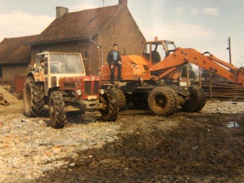 Foto van een Schlüter Super 850 V die ooit in mijn regio nieuw  zijn carrière is begonnen bij een inmiddels gestopt loon en grondwerkbedrijf.,deze prachtige foto heb ik ontvangen van een zoon van dit bedrijf. Pure nostalgie.