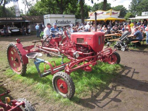 Foto van een Schmotzer Kombi. Geplaatst door jordi 1455 op 04-11-2017 om 22:31:49, op TractorFan.nl - de nummer 1 tractor foto website.