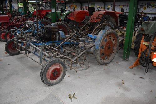 Foto van een Schmotzer Kombi. Geplaatst door jordi 1455 op 15-06-2019 om 20:07:52, op TractorFan.nl - de nummer 1 tractor foto website.