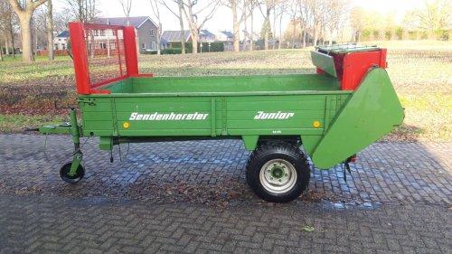 Foto van een Sendenhorster Junior, 1981, geen 20 wagens gedraaid. Geplaatst door weurding op 20-01-2021 om 09:35:23, met 20 reacties.