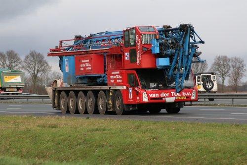 Foto van een Spierings SK1265-AT6 van Kraanverhuur en Transportbedrijf van der Tol b.v. (Utrecht) ×, opgebouwd als hijskraan.