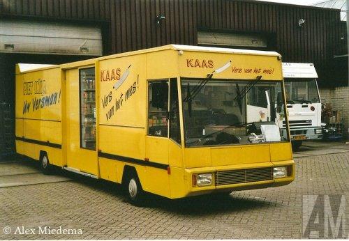 Foto van een Spijkstaal rijdende winkel, opgebouwd als verkoop- / reclamewagen.. Geplaatst door Alex Miedema op 07-03-2014 om 12:41:27, op TractorFan.nl - de nummer 1 tractor foto website.