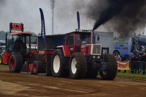 Foto van een Steyr 8150. Geplaatst door jd7920 op 17-05-2018 om 20:08:30, op TractorFan.nl - de nummer 1 tractor foto website.