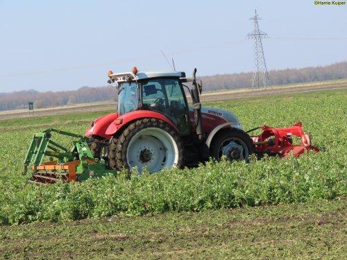 Foto van een Steyr Profi 4110. Geplaatst door oldtimergek op 18-04-2020 om 09:34:23, op TractorFan.nl - de nummer 1 tractor foto website.