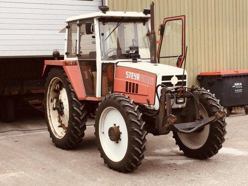 Foto van een Steyr 8090 van de eerste eigenaar , rechtstreeks gekocht op de landbouwbeurs in 1986. Geplaatst door JarnoDrenthe op 24-07-2021 om 08:26:00, met 6 reacties.