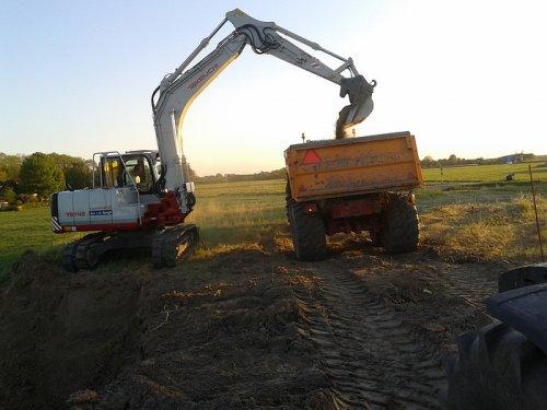 Foto van een Takeuchi TB 1140.. Geplaatst door frank91 op 22-05-2011 om 18:56:22, op TractorFan.nl - de nummer 1 tractor foto website.