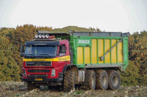 Cerfontaine met 1 van 2 Terberg's Agrotrucks in de maisrace!. Geplaatst door fendtvario op 05-11-2017 om 15:55:21, op TractorFan.nl - de nummer 1 tractor foto website.