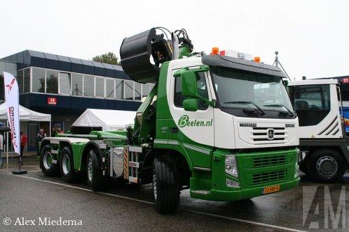 Foto van een Terberg FM1850, opgebouwd voor containertransport.. Geplaatst door Alex Miedema op 16-02-2014 om 21:56:06, met 2 reacties.