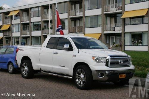 Toyota Tundra van Alex Miedema