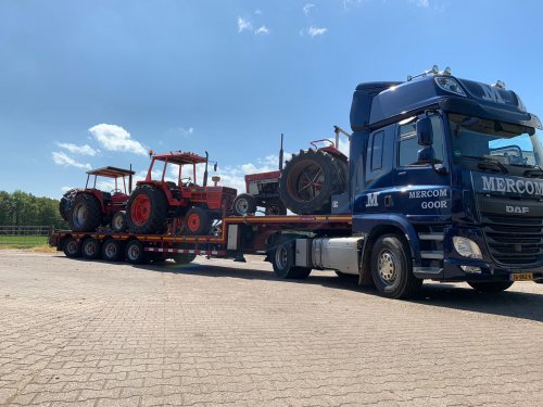 2 x Inter 844s en een Same Leopard 85 klaar voor vertrek tijdens het pinksterweekend richting Zelhem en Schoonebeek