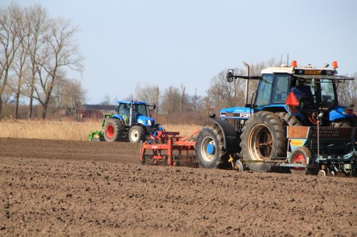 Foto van een Tractors Diverse. Geplaatst door alfredo op 07-03-2021 om 11:28:44, met 2 reacties.