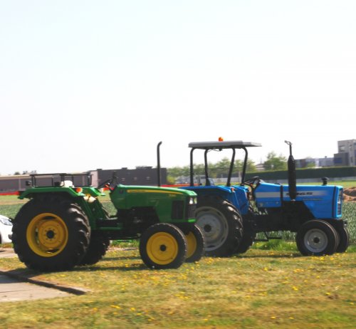 Tractors Diverse van warmerbros