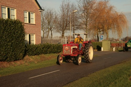 Foto van een Tractors Diverse, bezig met poseren. Geplaatst door blacke95 op 17-12-2011 om 19:45:15, met 6 reacties.