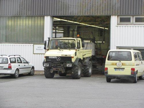 Unimog U1400 van SkarphofJDFan