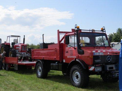 Unimog U1300L van oldtimergek
