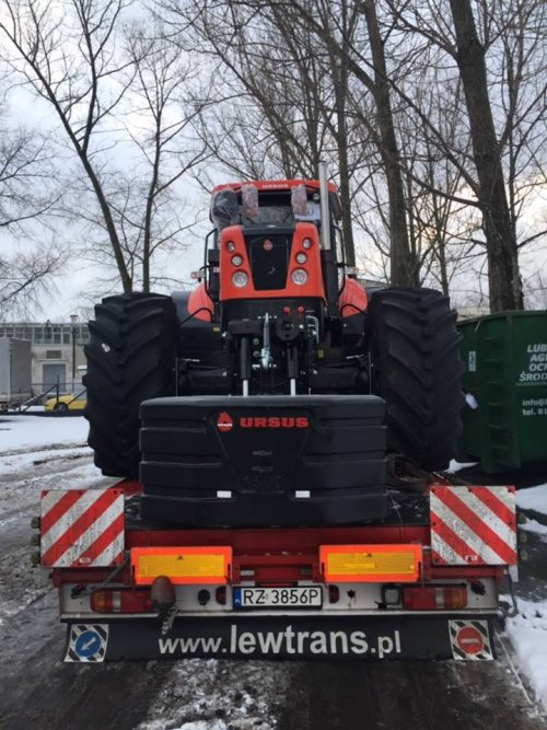 Nieuwe Ursus 28014 klaar voor export. Geplaatst door ursus op 19-03-2017 om 19:21:24, op TractorFan.nl - de nummer 1 tractor foto website.