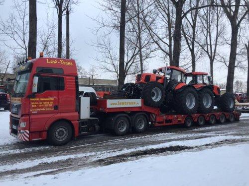 Nieuwe Ursus 28014 klaar voor export. Geplaatst door ursus op 19-03-2017 om 19:21:26, op TractorFan.nl - de nummer 1 tractor foto website.