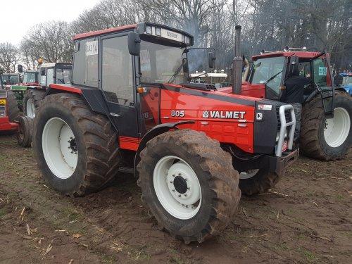 Foto van een Valmet 805. Geplaatst door collin ihfan op 12-03-2017 om 21:33:41, op TractorFan.nl - de nummer 1 tractor foto website.