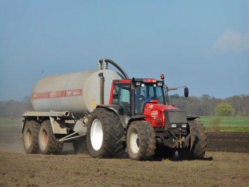 Valtra 8950 van tractorquintentje