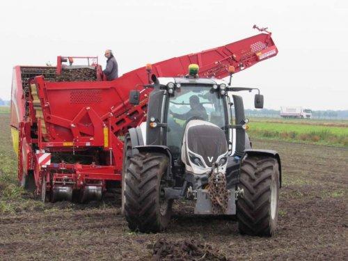 Foto van een Valtra T174. Geplaatst door jans-eising op 14-01-2018 om 11:35:00, op TractorFan.nl - de nummer 1 tractor foto website.