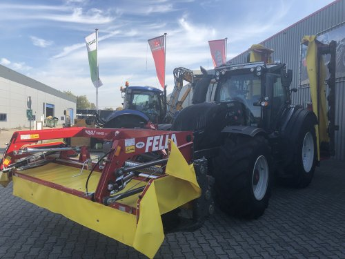 Valtra T214 van KlaasM