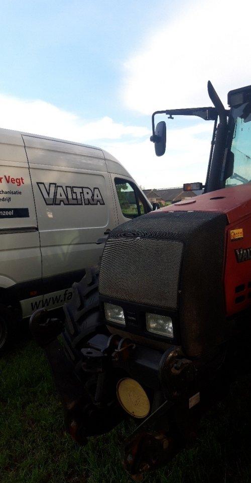 Valtra 6550 van zettelmeyer