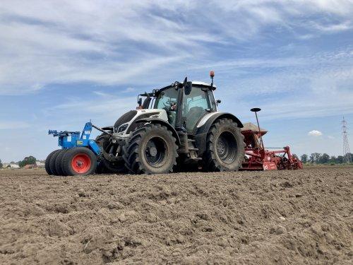 Foto van een Valtra N154. Geplaatst door deutz dx 470 op 26-06-2021 om 19:58:14, op TractorFan.nl - de nummer 1 tractor foto website.