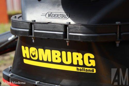 Foto van een Väderstad bij de open dag van Homburg Holland in Stiens. Een filmpje van dat gebeuren vind je hier onder. https://youtu.be/Lrd3782z7ew