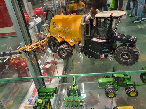 Foto van een Vervaet Hydro Trike. Geplaatst door T.Tanis op 24-11-2019 om 09:58:09, op TractorFan.nl - de nummer 1 tractor foto website.