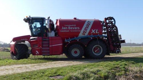Jan Bevers uit Loenhout injecteren met hun Vervaet Hydro Trike XL met Schuitemaker injecteur . zie ook video : https://youtu.be/_SLSyHx0nAs
