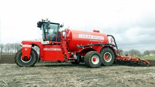 https://www.youtube.com/watch?v=6yS8eYgNMvM. Geplaatst door SiegerJD op 10-04-2021 om 18:48:34, op TractorFan.nl - de nummer 1 tractor foto website.