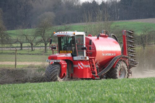 Foto van een Vervaet Hydro Trike, bezig met poseren. Loonwerken Eylenbosch. Geplaatst door jeroen13 op 13-04-2015 om 16:31:58, op TractorFan.nl - de nummer 1 tractor foto website.