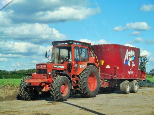Zweedse kwaliteit aan de mengwagen. Wat een topcombinatie is dit!  Landbouwer Grielens -  Hoogstraten (Be)