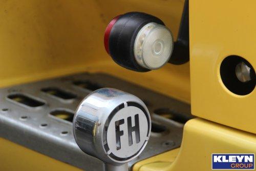 Foto van een Volvo FH 3rd gen, opgebouwd zonder opbouw.. Geplaatst door Katy Kleyn op 02-12-2016 om 12:23:59, op TractorFan.nl - de nummer 1 tractor foto website.