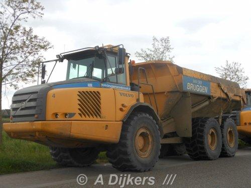 Foto van een Volvo A30E, opgebouwd als dumper / kipper.. Geplaatst door arjan-dijkers op 14-01-2017 om 15:33:57, op TractorFan.nl - de nummer 1 tractor foto website.