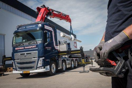 Kijk, daar heb je Beekman Transport Logistics B.V. (Apeldoorn) × met een Volvo FH 4th gen, opgebouwd voor speciaal transport. Persfoto.