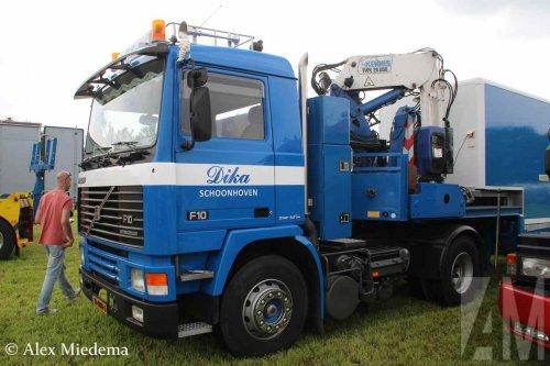 Foto van een Volvo F10, opgebouwd als open laadbak.. Geplaatst door Alex Miedema op 10-07-2016 om 20:33:08, op TractorFan.nl - de nummer 1 tractor foto website.