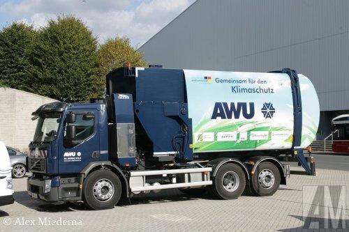 Foto van een Volvo FE 1st gen, opgebouwd als vuilniswagen.. Geplaatst door Alex Miedema op 02-10-2014 om 16:55:21, op TractorFan.nl - de nummer 1 tractor foto website.