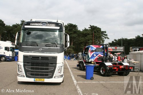 Foto van een Volvo FH 4th gen, opgebouwd voor autotransport.. Geplaatst door Alex Miedema op 11-12-2014 om 20:50:26, op TractorFan.nl - de nummer 1 tractor foto website.