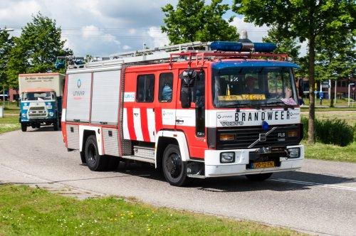 Foto van een Volvo FL6, opgebouwd als brandweer. Geplaatst door xrayjaco op 03-06-2015 om 15:37:07, op TractorFan.nl - de nummer 1 tractor foto website.