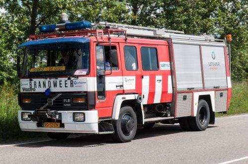 Foto van een Volvo FL6, opgebouwd als brandweer. Geplaatst door xrayjaco op 03-06-2015 om 15:37:50, op TractorFan.nl - de nummer 1 tractor foto website.