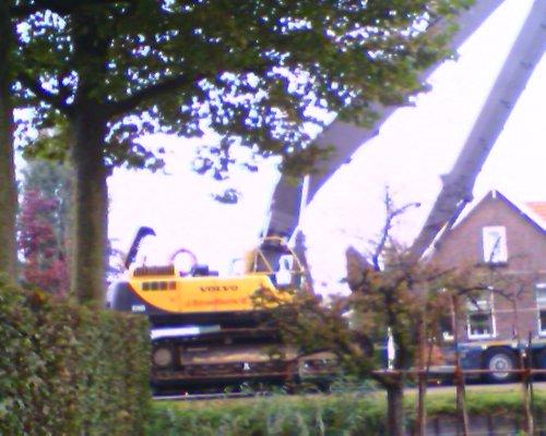 Volvo ec460 van Streefkerk. Geplaatst door StEfAnS op 07-10-2007 om 06:13:52, met 9 reacties.