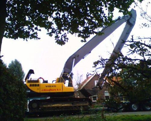 de ec 460 van Streefkerk komt thuis. Geplaatst door StEfAnS op 07-10-2007 om 06:58:00, met 4 reacties.