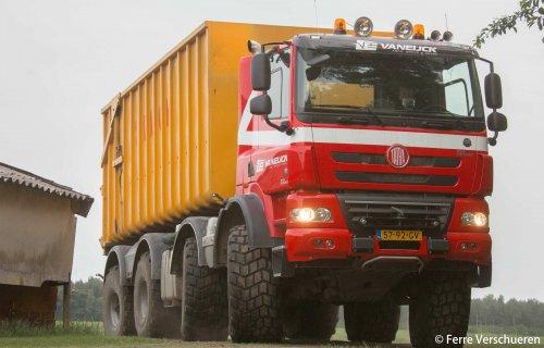 vrachtwagen Tatra van FerreV