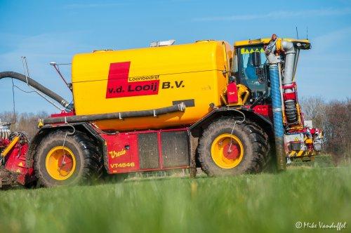 Mest mest mest, het is er de periode voor ...  Vredo VT 4546 Loonbedrijf Van der Looy - Ell (NL). Geplaatst door mike_v op 15-03-2017 om 20:54:18, op TractorFan.nl - de nummer 1 tractor foto website.