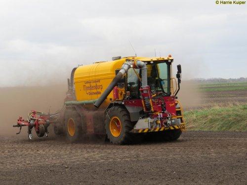 Foto van een Vredo VT 4546. Geplaatst door oldtimergek op 09-04-2017 om 17:40:04, op TractorFan.nl - de nummer 1 tractor foto website.