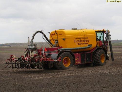 Foto van een Vredo VT 4546. Geplaatst door oldtimergek op 09-04-2017 om 17:40:20, op TractorFan.nl - de nummer 1 tractor foto website.